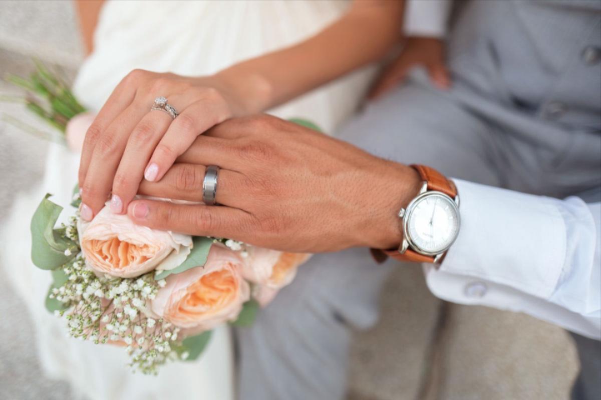 bröllopsbukett under bröllop påVann Spa Hotell och Konferens i Bohuslän