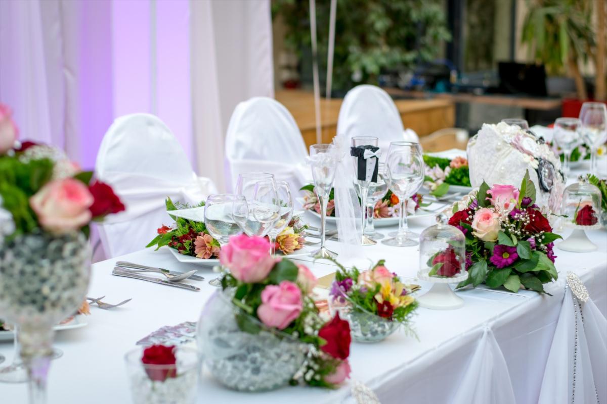 Dukat bord under bröllop på Vann Spa Hotell och Konferens